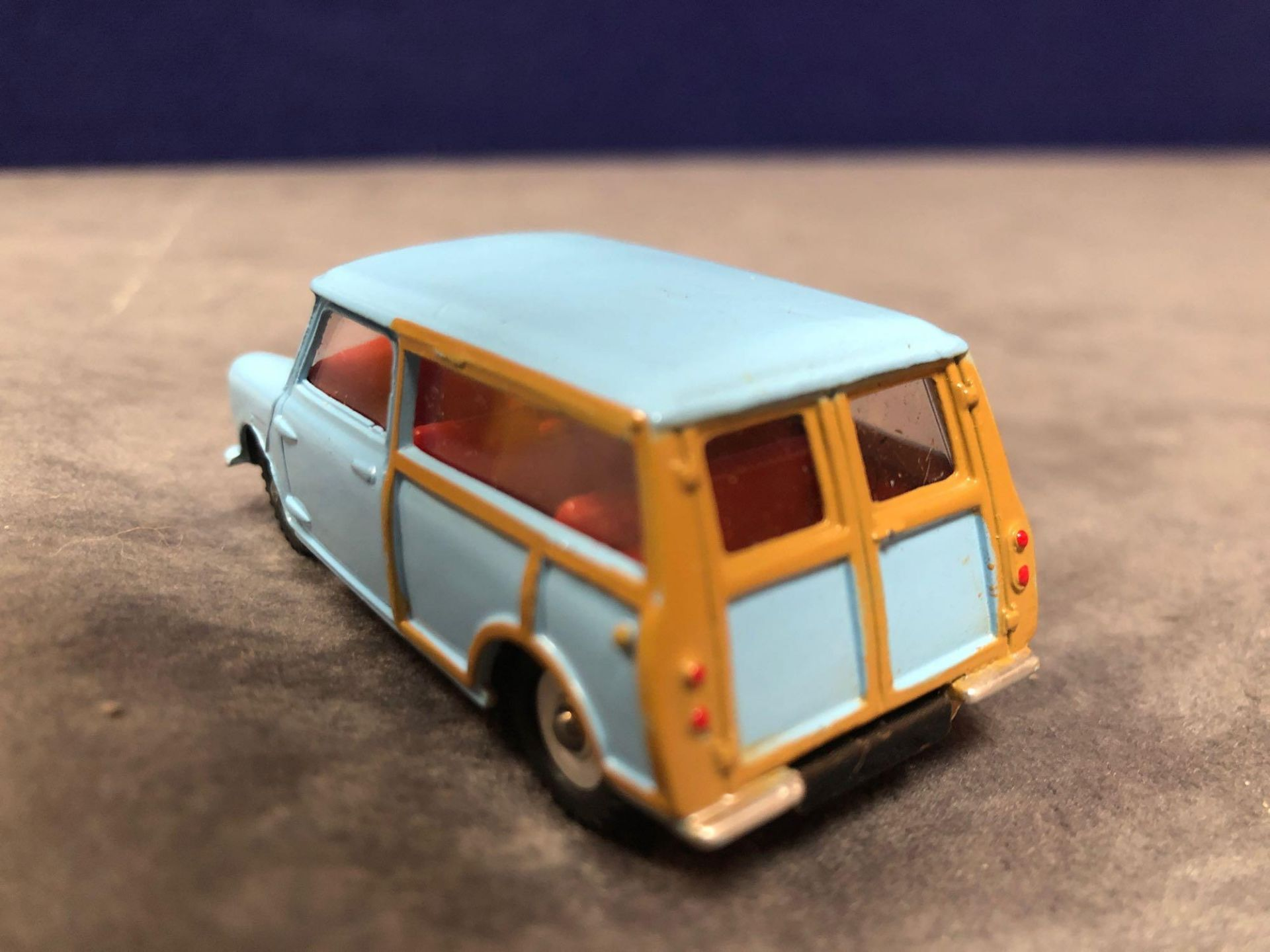 Dinky #199 Austin 7 Countryman Blue - Wood Trimmint in excellent box 1960-1970 - Image 3 of 4