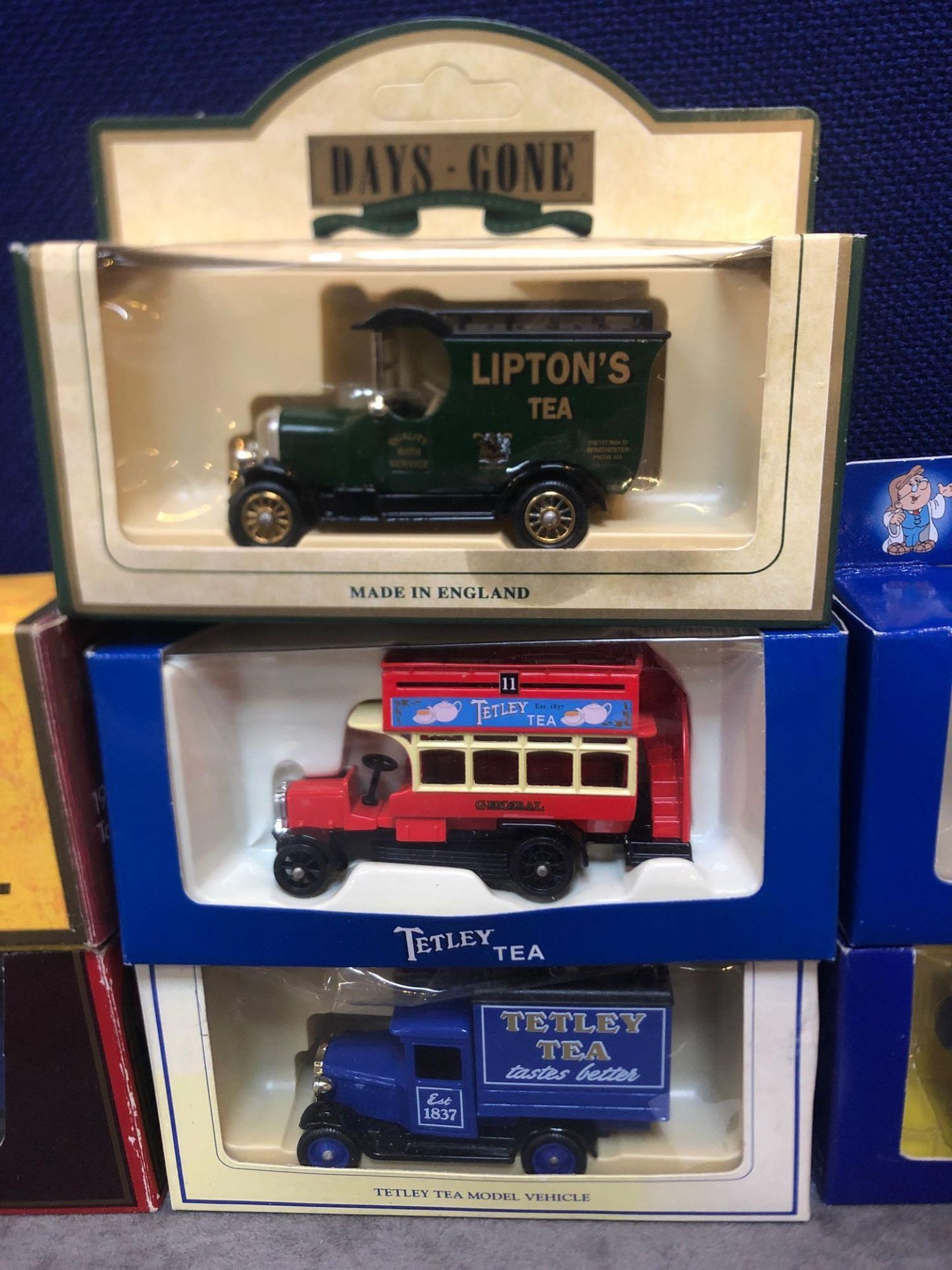 7x Diecast Vehicles Advertising Tea All In Individual Boxes - Image 3 of 4