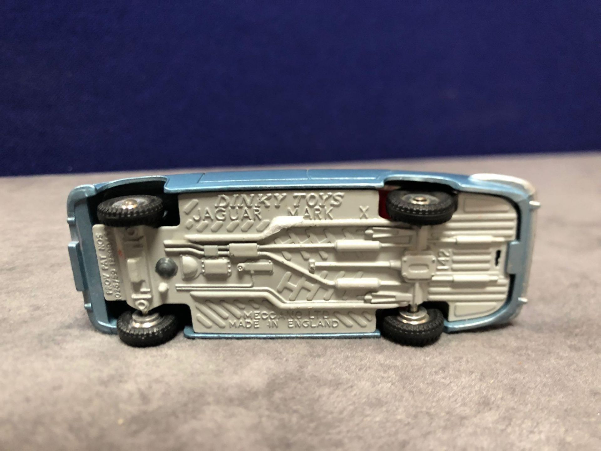 Dinky #142 Jaguar Mark X In Blue With Red Interior 1962-1968 Unboxed Mint Lovely Model - Image 4 of 4