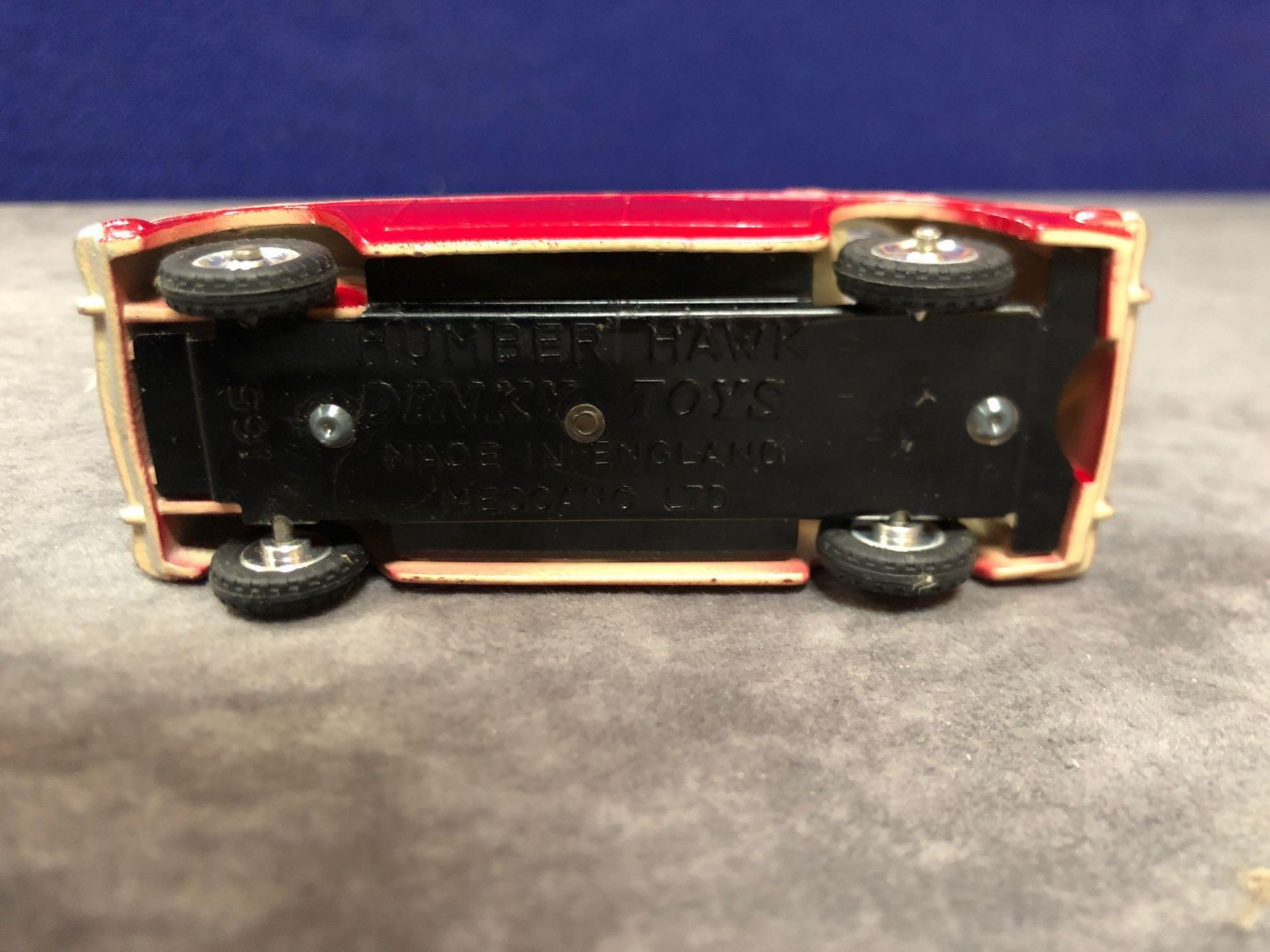 Dinky #165 Humber Hawk Maroon/Fawn - Spun Hubs With Box 1959-1963 - Image 4 of 4