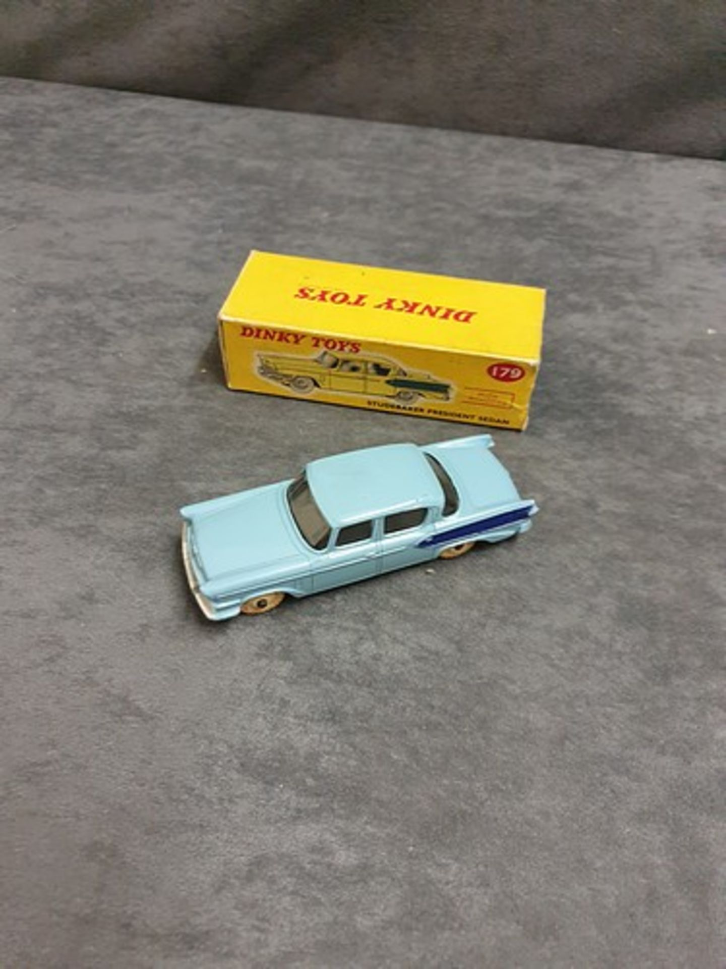 Dinky #179 Studebaker President Sedan In Two Tone Blue With White Wheels Nr Mint Model In Firm Box - Image 3 of 3