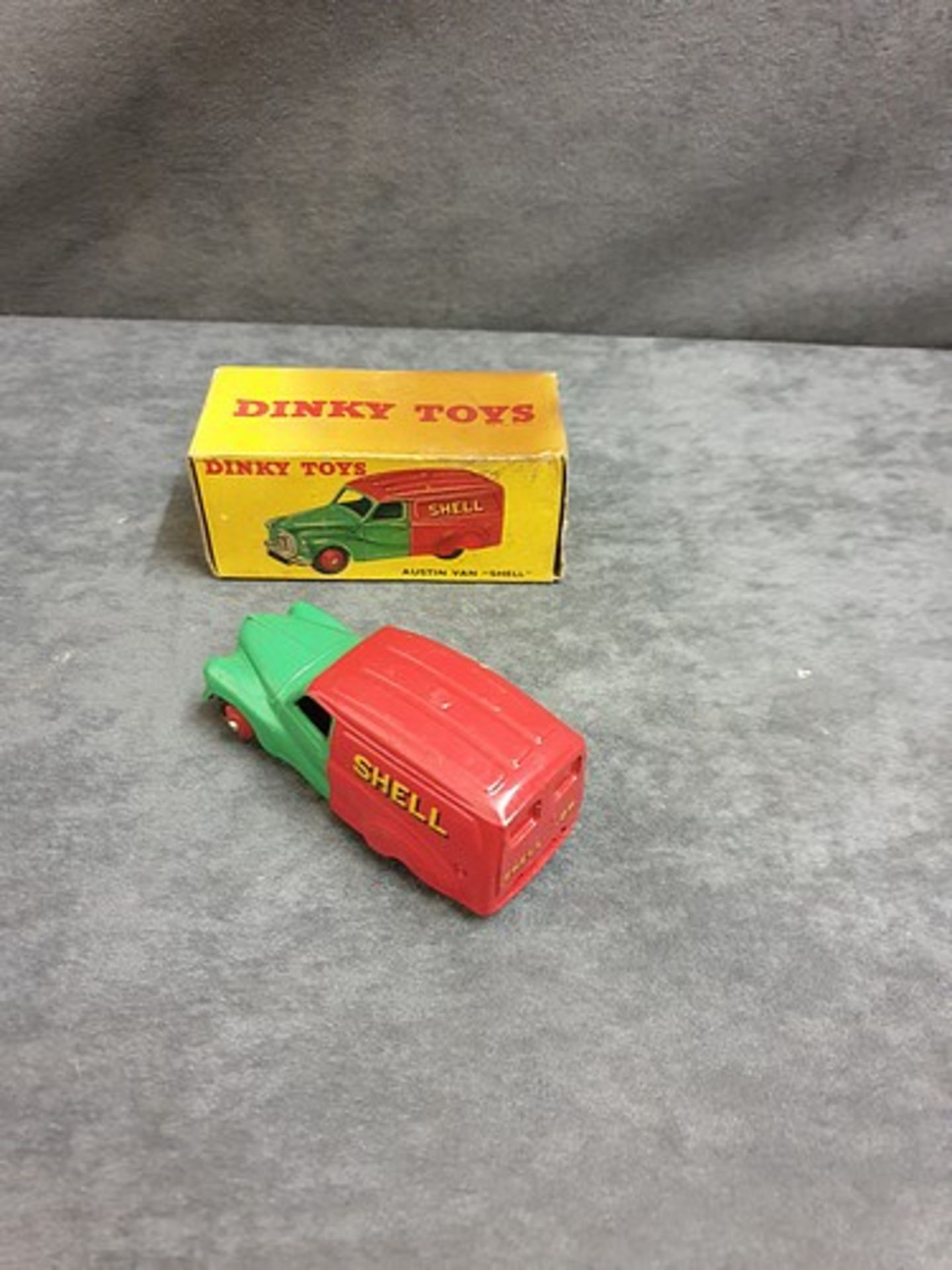 Dinky #470 Austin Van Shell Virtually Mint Model In Very Good Soiled Firm Box 1954 - 1956 - Image 3 of 3