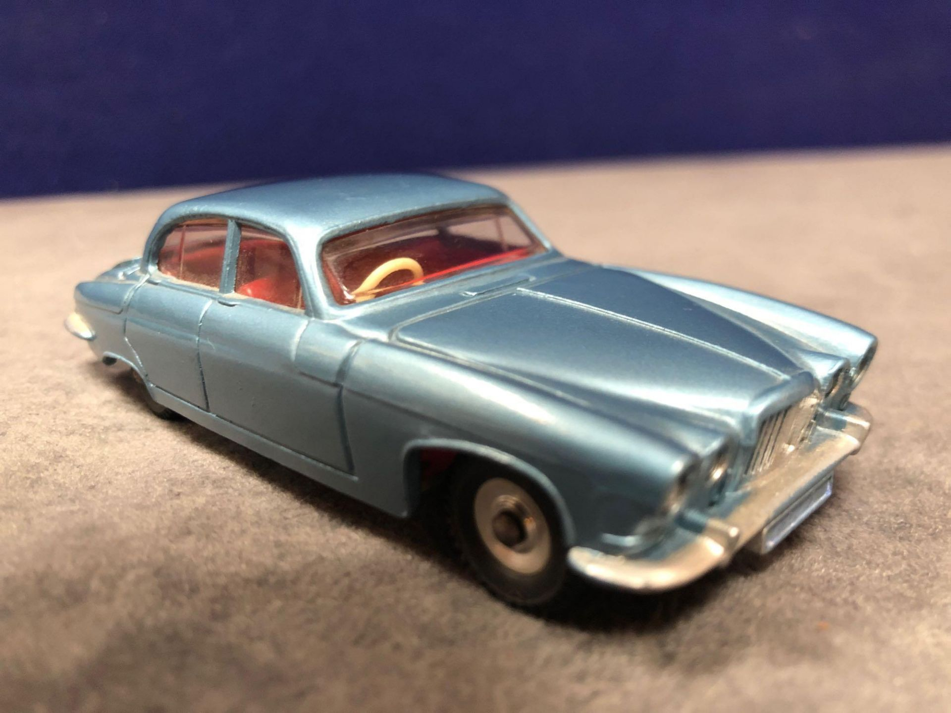 Dinky #142 Jaguar Mark X In Blue With Red Interior 1962-1968 Unboxed Mint Lovely Model - Image 2 of 4