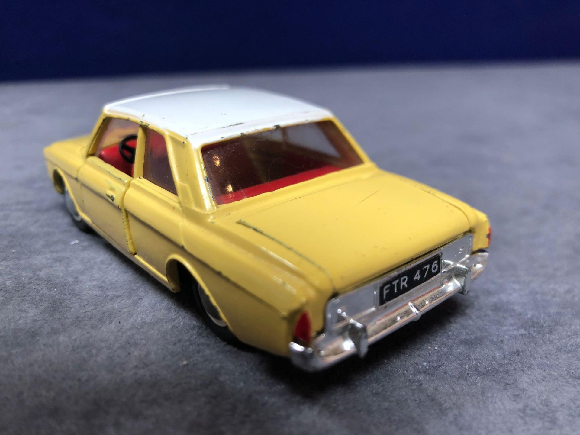 Dinky #154 Ford Taunus 17m Yellow/White - Red Interior 1966 - 1969 Unboxed Very Good Condition - Image 3 of 4