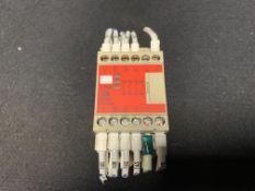 OMRON SAFETY RELAY G9SA-301, 5 AMP 24 VAC/DC 3PST-N/O 1SPST-N/C 50/60 HZ