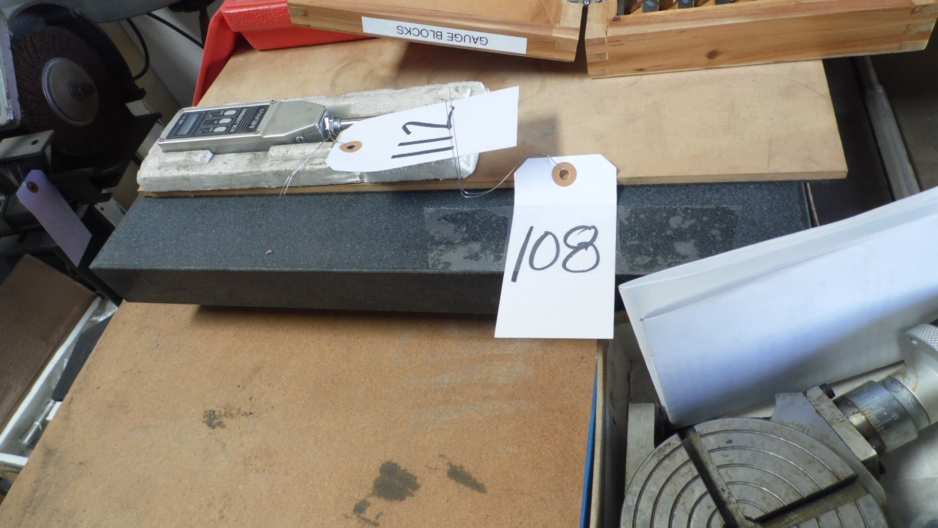 Lot 108 - 18 X 24 SURFACE PLATE