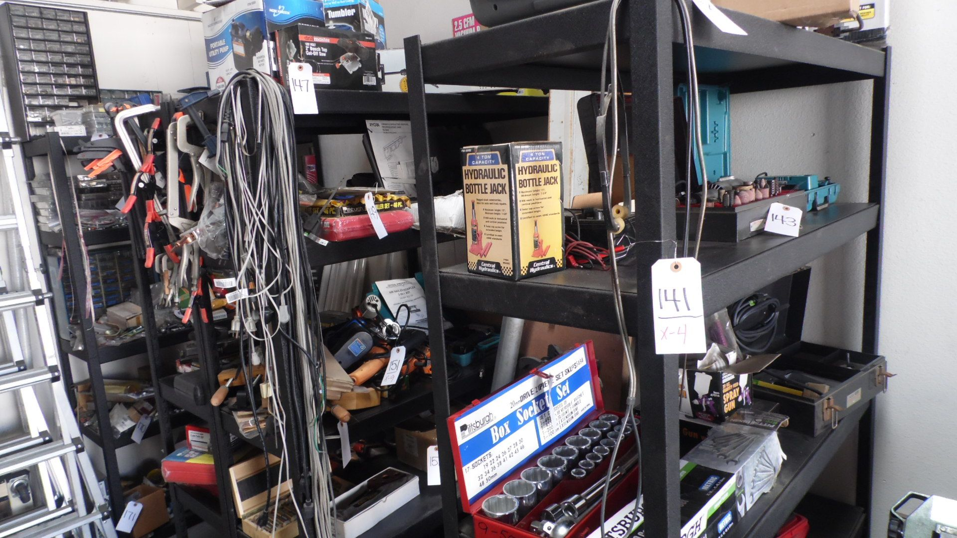 Lot 141 - RACK (ONLY)