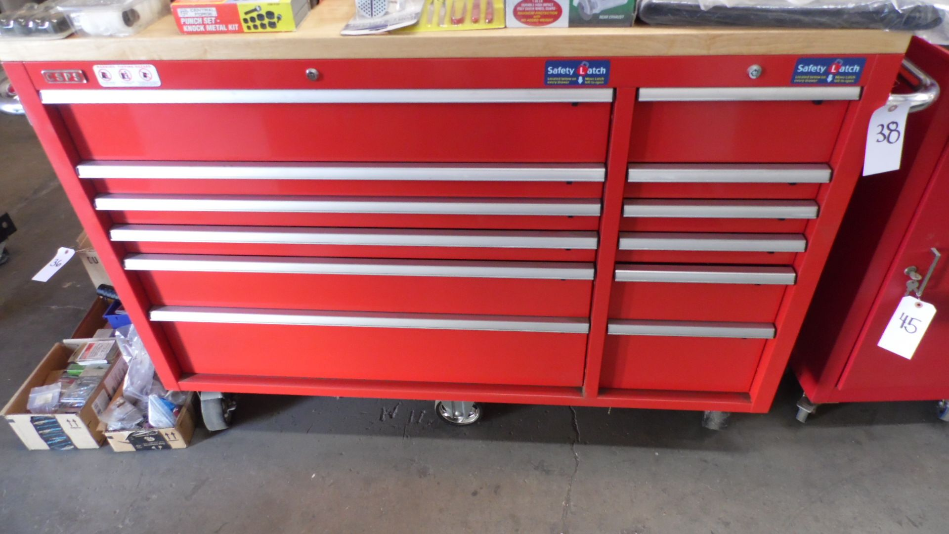 Lot 38 - CSPS ROLLING TOOL BOX