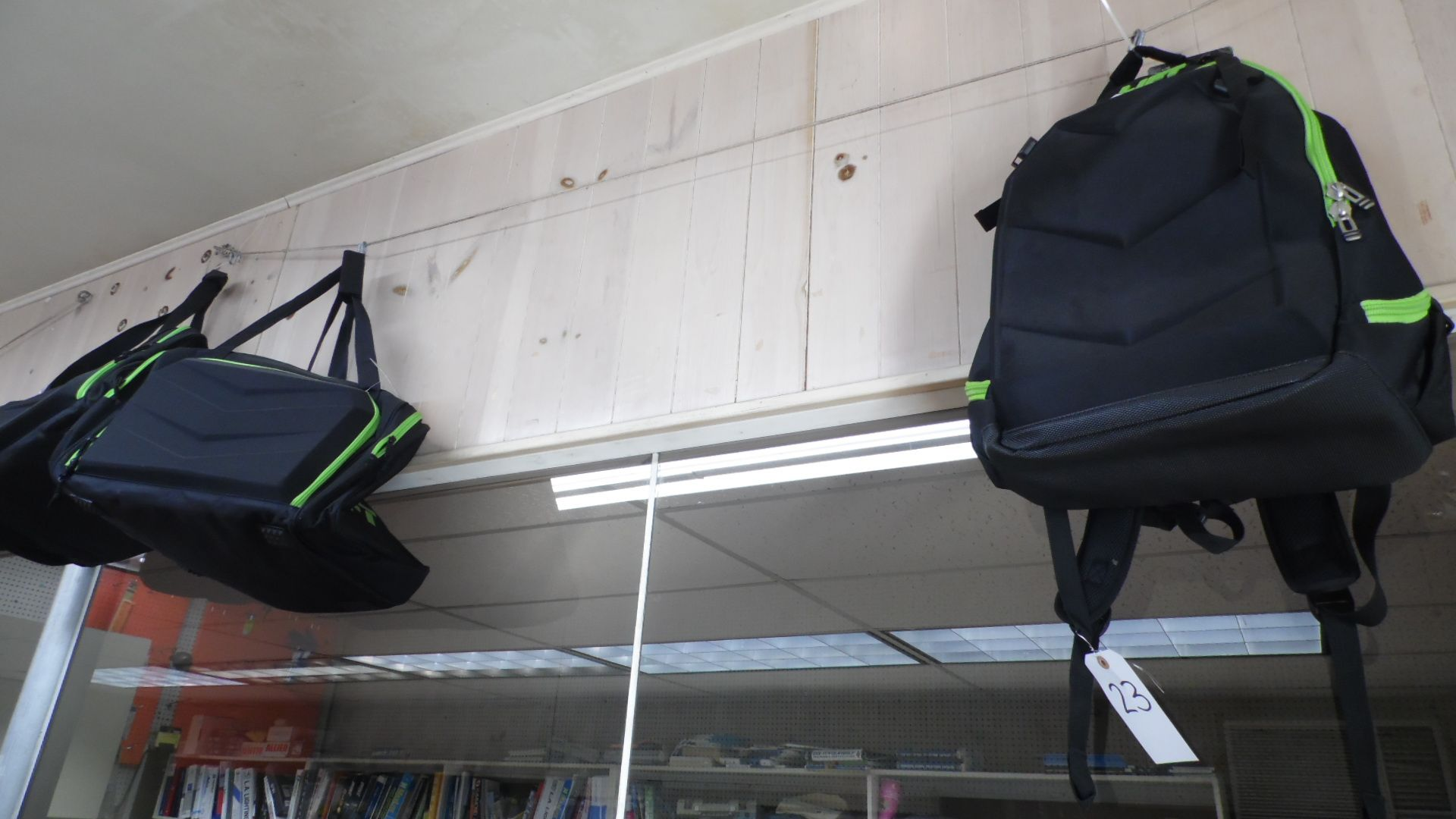 Lot 23 - LIFT GYM BAGS / BACKPACK