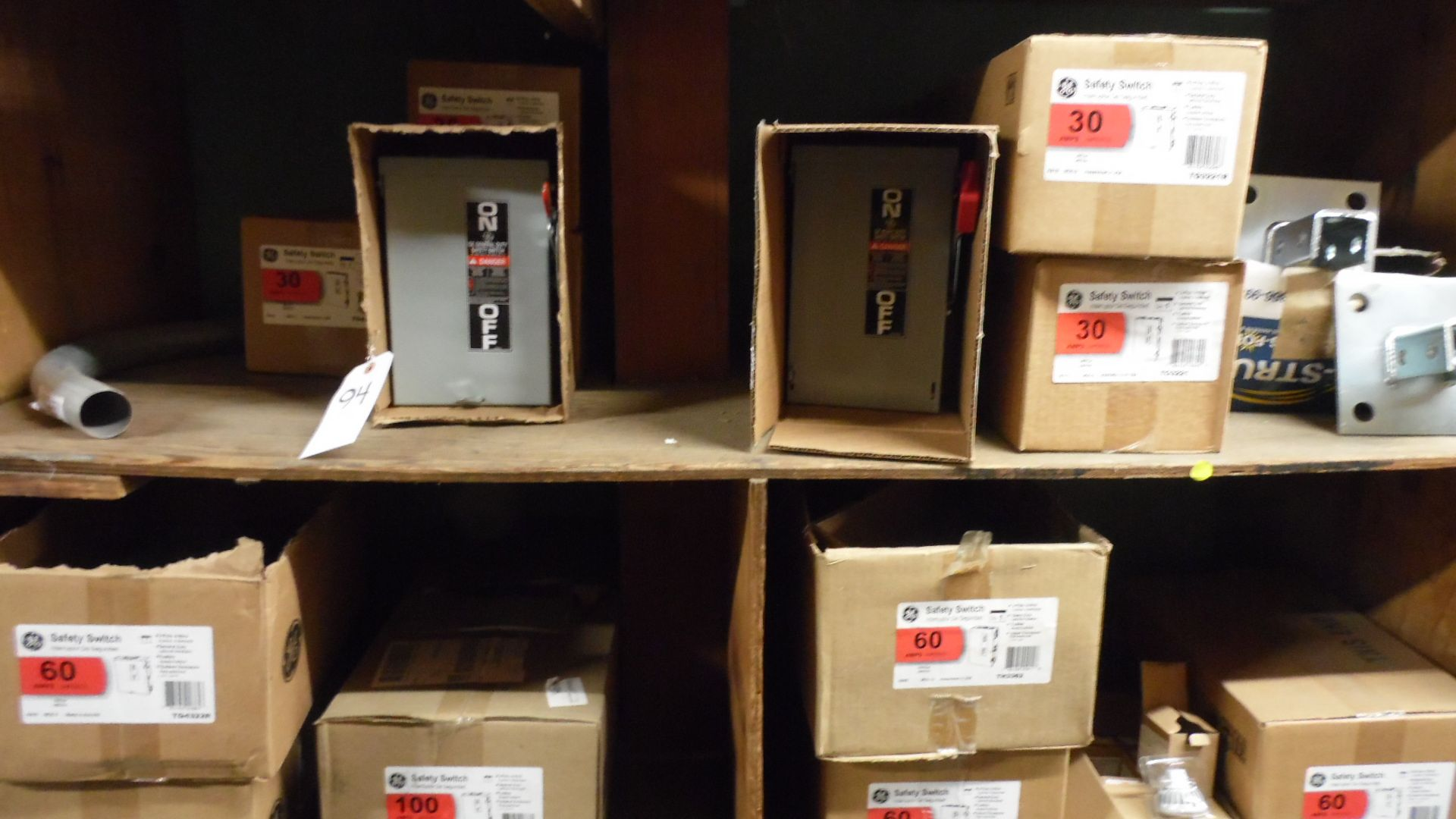 Lot 94 - ASSORTED GE SAFETY SWITCH BOXES