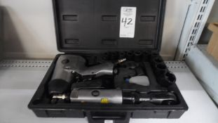 AIR IMPACT WRENCH w/ RACKET & SOCKETS