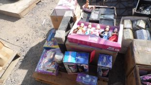 PALLET OF STORY TIME PRINCESS, STAINLESS STEEL BOTTLES, CLOCKS, ASSORTED TOY'S
