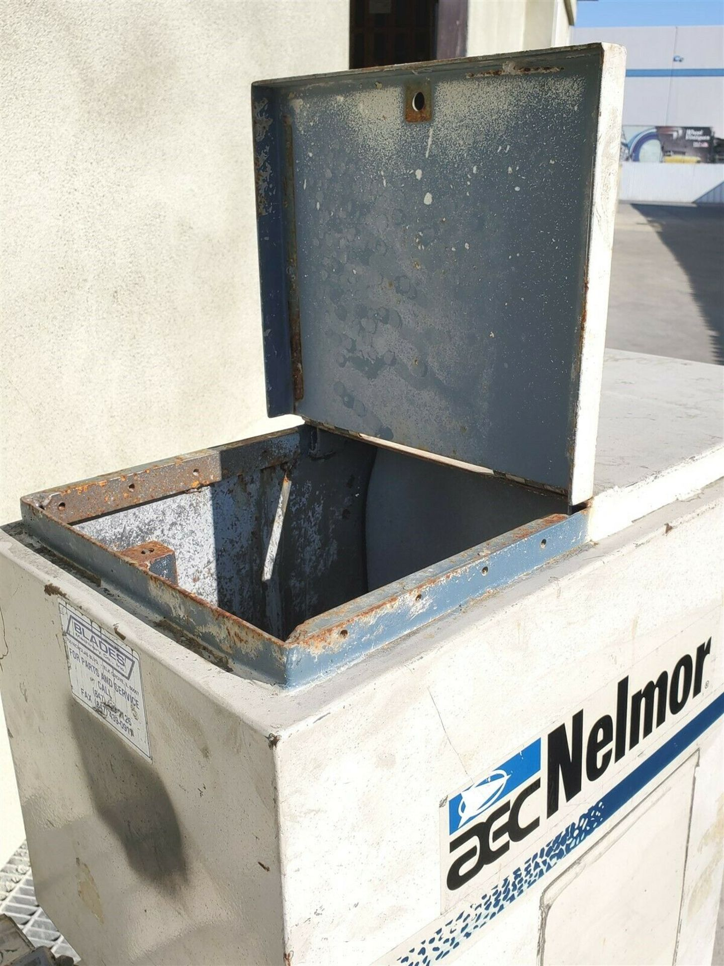 "10 hp NELMOR CO G1012M1 PORTABLE 13"" x 10"" PLASTIC GRANULATOR - Image 5 of 5"