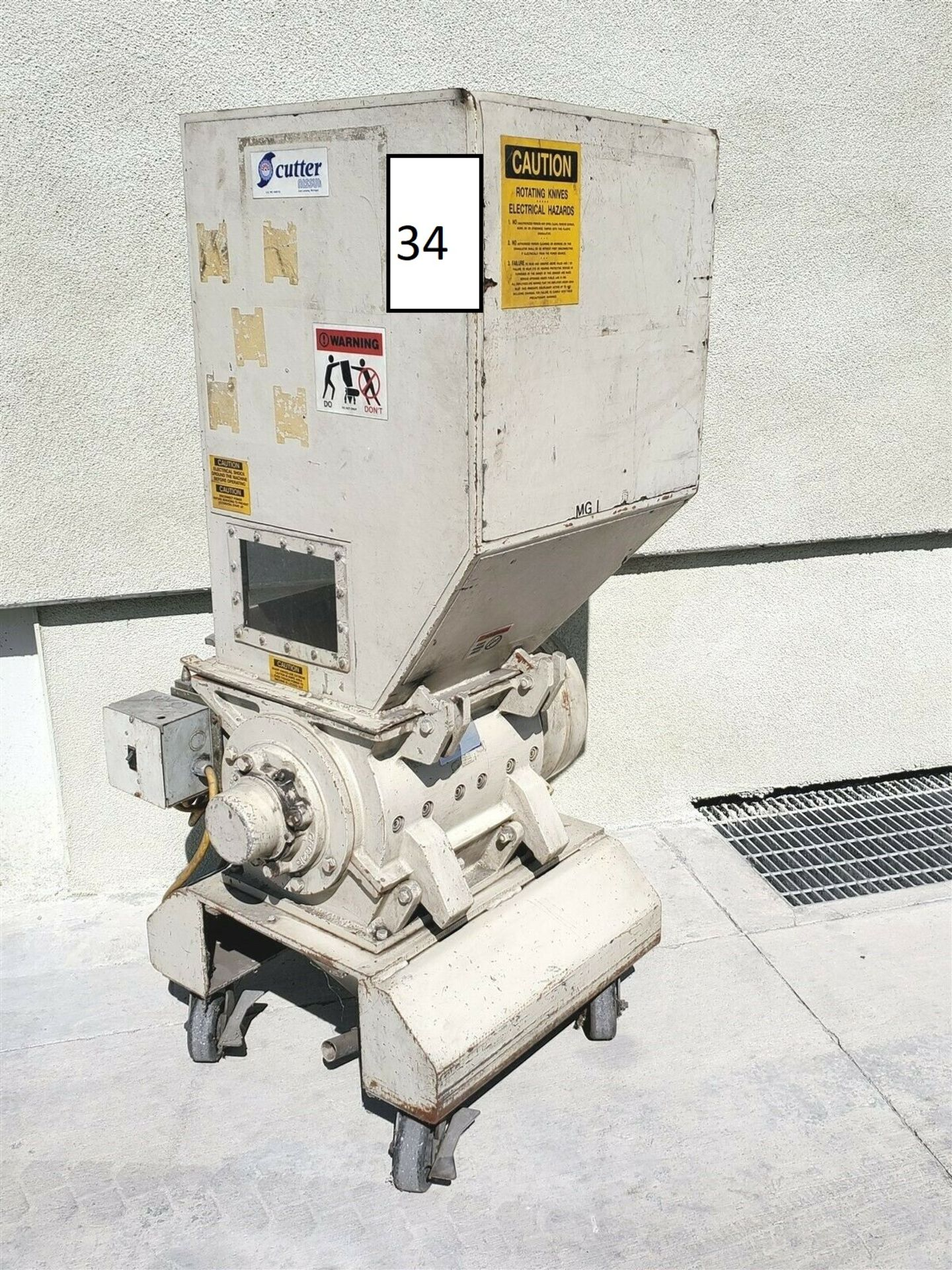 "3hp NISSUI CORP SKN-22 PORTABLE 15"" PLASTIC GRANULATOR CUTTER GRINDER"