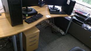 Oak effect ergonomic desk complete with matching 3 drawer pedestal