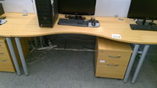 Oak effect ergonomic desk complete with matching 2 drawer pedestal
