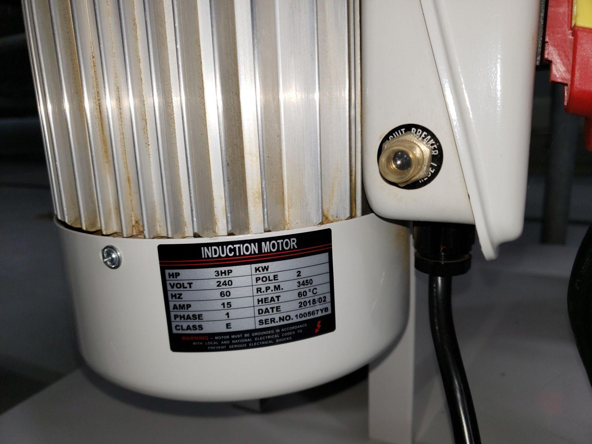 Lot 20 - Twister Model CS-18 Trimsaver Collector
