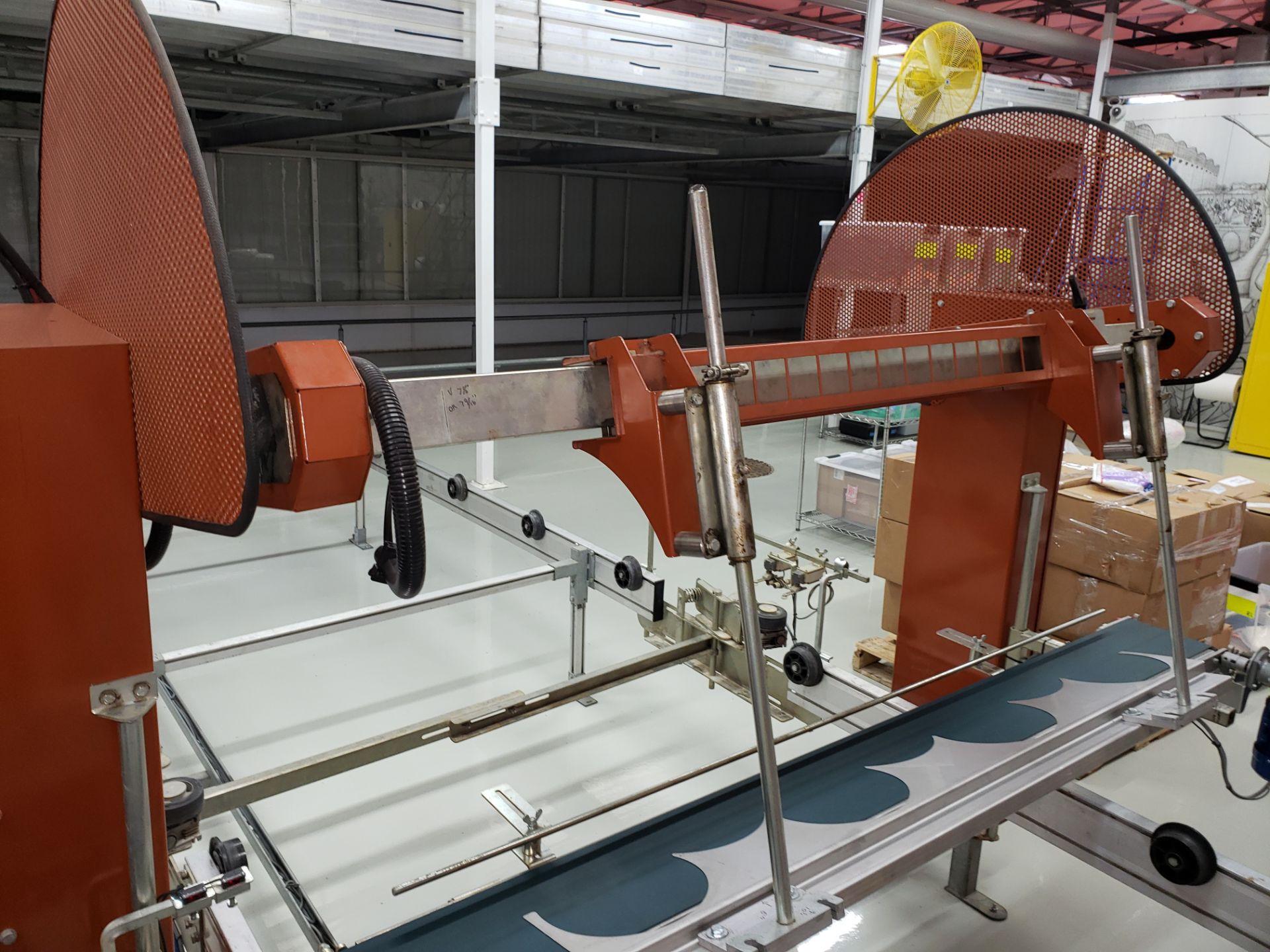 Lot 24 - Javo Pot Placing Robot