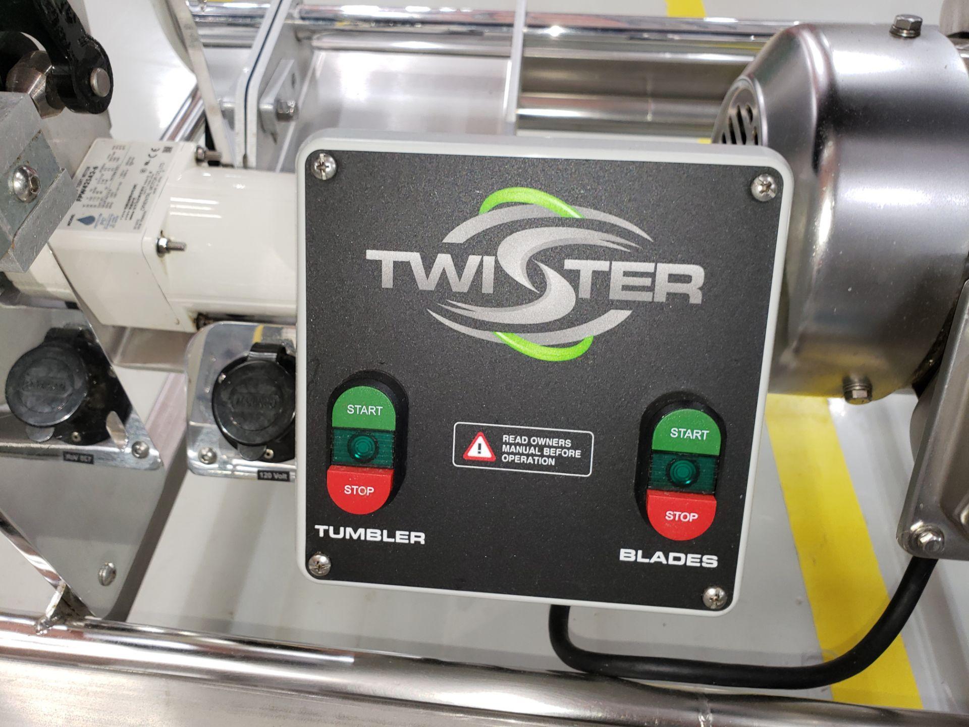 Lot 15 - KIERTON INC TWISTER T2 - BUD TRIMMER