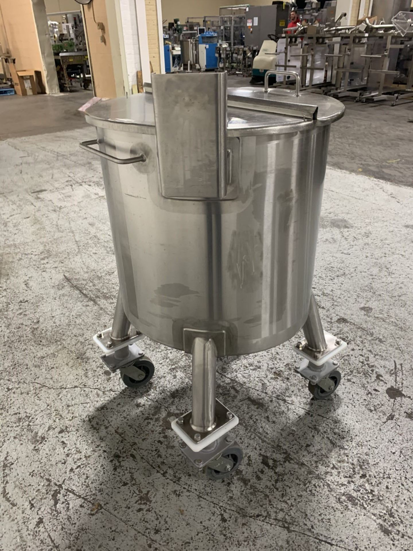 Lot 20 - 65 gallon Walker tank, 304 stainless steel construction