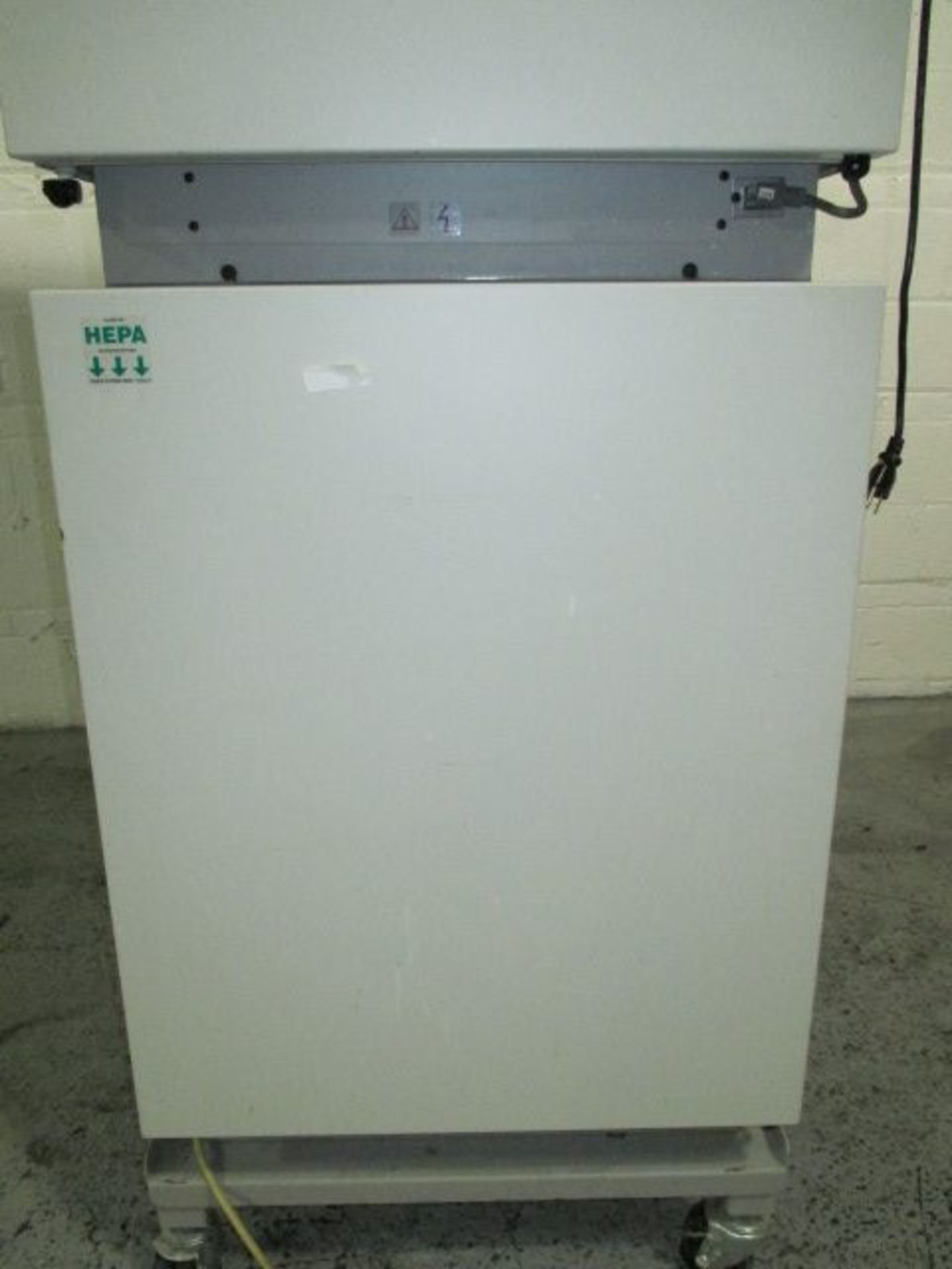 Lot 14 - Nuaire (2) chamber CO2 Water-jacketed incubator, model NU8700, series 4
