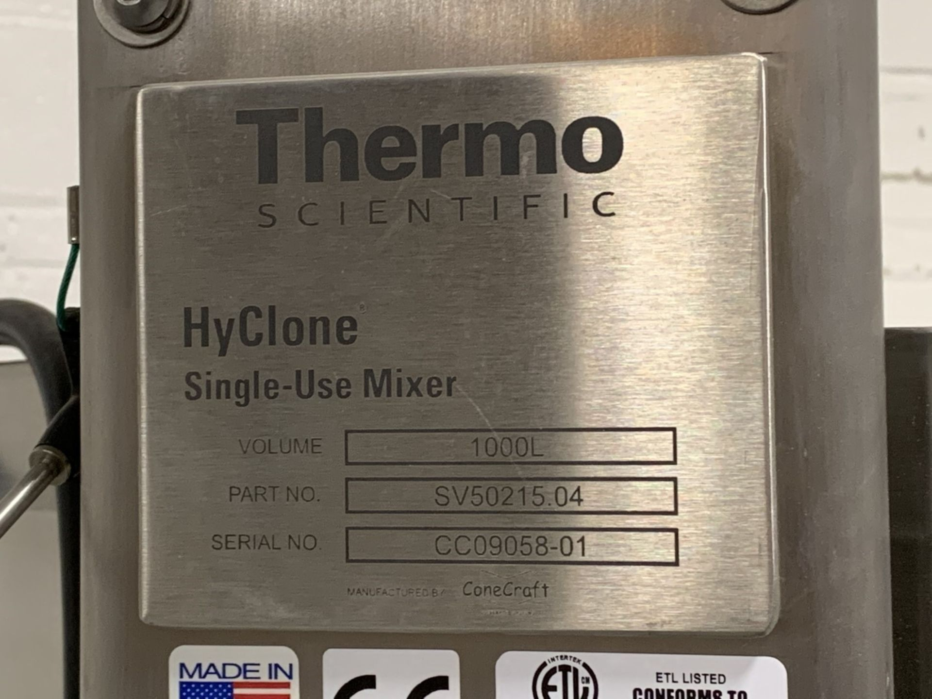 Lot 22 - Thermo Scientific HyClone single use mixer, stainless steel construction, 1000 liter capacity