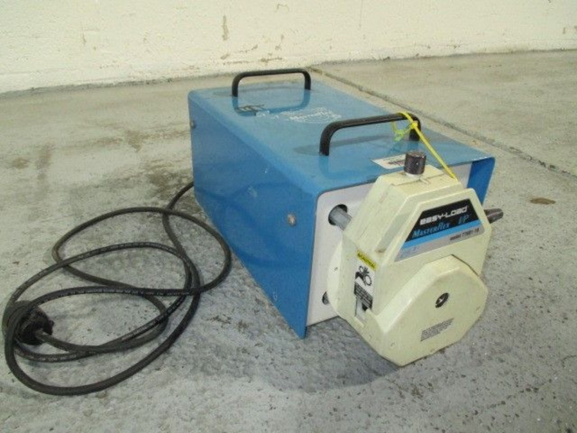Lot 24 - Cole-Parmer peristalic pump, model 7529-10, masterflex design with model 7549-32 variable speed