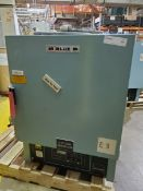 Blue M Lab Oven, Model ESP-400C-5, Serial Number ESP-1835, Temperature Range 38 deg C to 260 deg