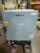 Blue M Lab Oven, Model ESP-400C-5, Serial Number ESP-11916, Temperature Range 38 deg C to 260 deg C,