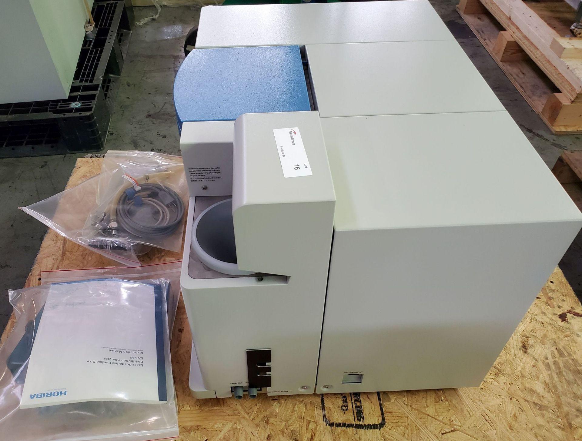 Lot 16 - Horiba Laser Scattering Particle Size Distribution Analyzer, model LA-950