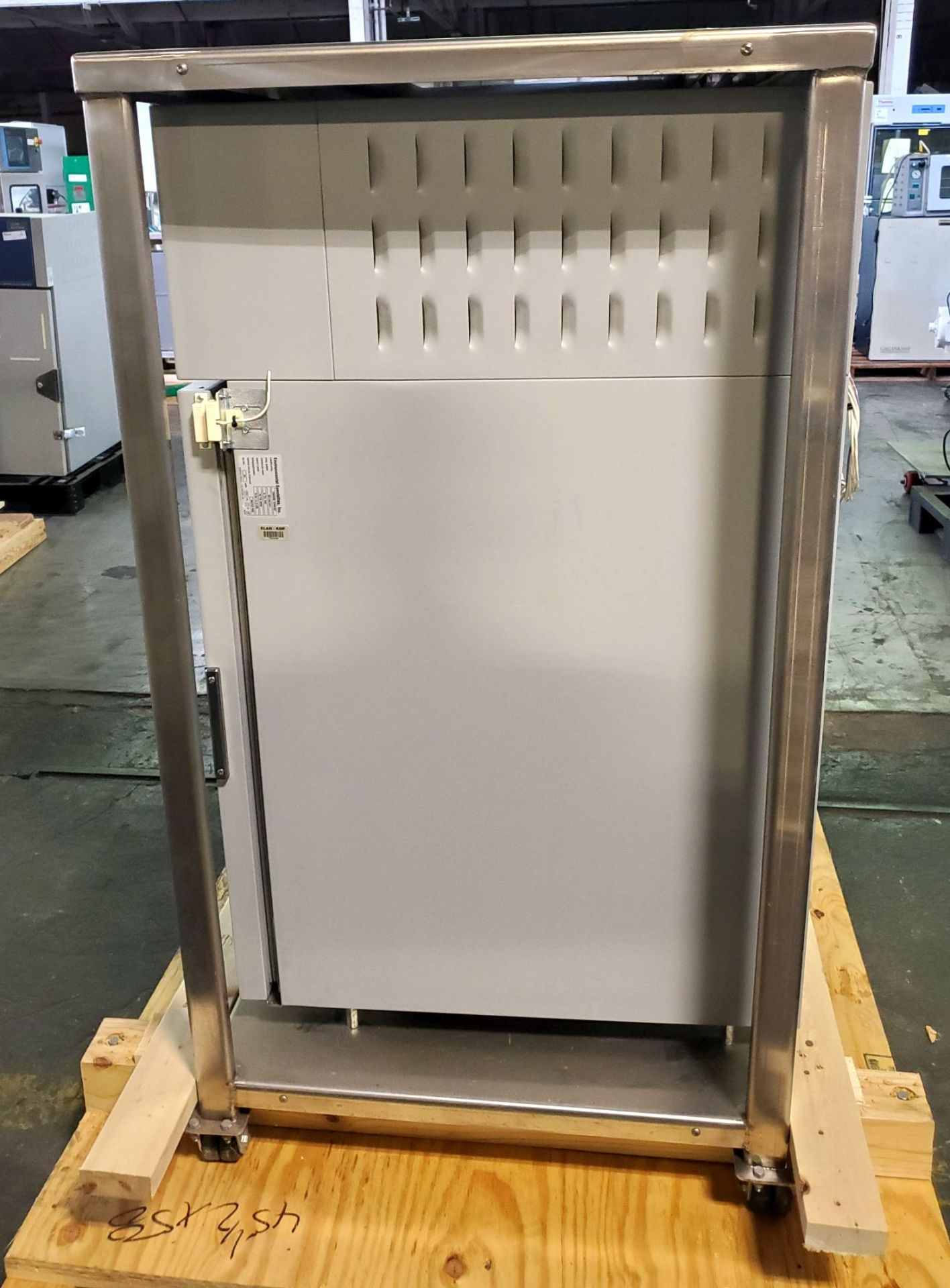 Environmental Specialties Stability Chamber, model ES2000 CDM/BT, 0-70 C and 10-96% humidty range, - Image 3 of 9