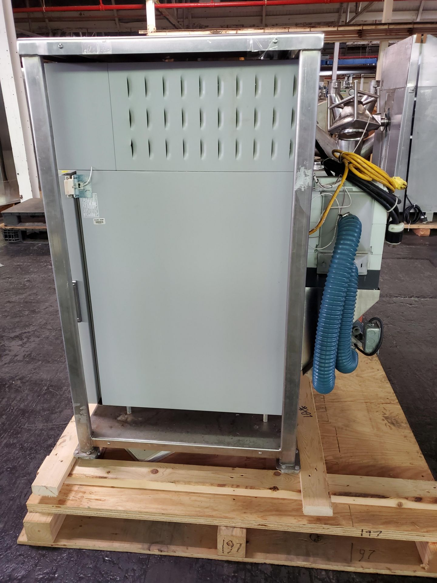 Environmental Specialties Stability Chamber, model ES2000 CDMD/BT, 0-70 C and 10-96% humidty - Image 3 of 7
