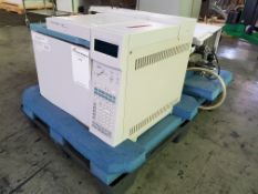 Agilent Gas Chromatograph System, model 6890N, with controls and network capability, with model MN-