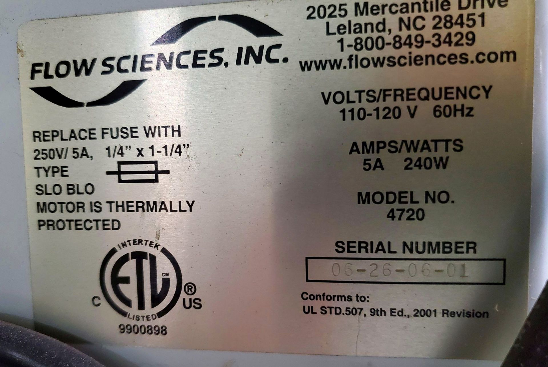 Flow Sciences HEPA Flow Hood/Glovebox, enclosure model FS5000-108 - Image 8 of 10