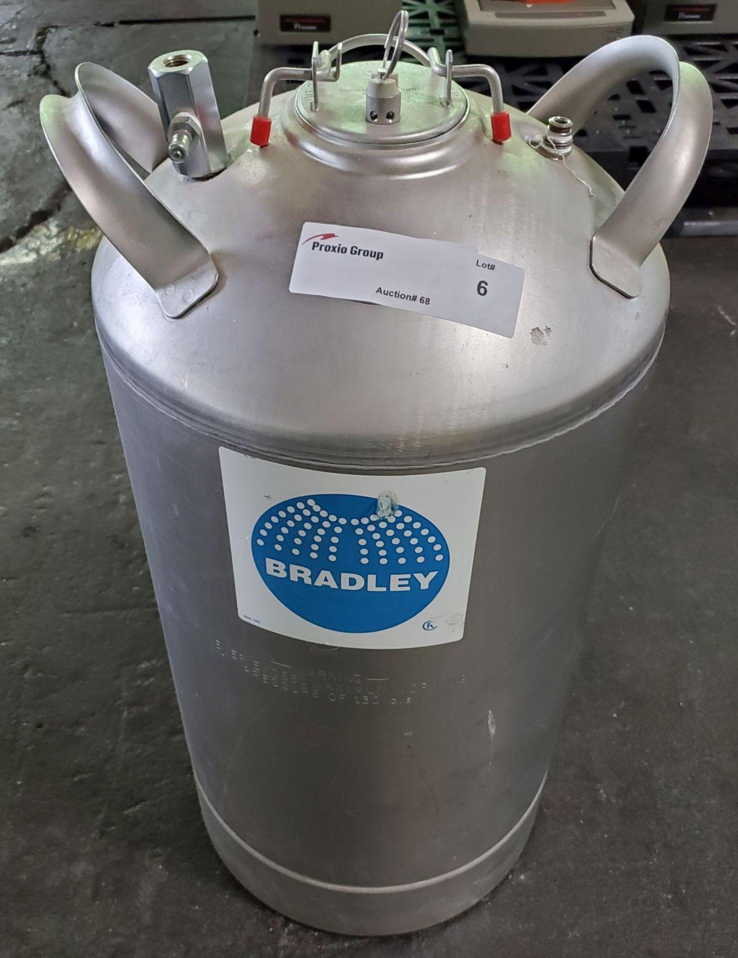 "Lot 6 - Bradley stainless steel tank, 12"" diameter x 17"" straight side, 130 psi MAWP"