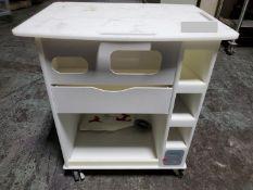 Labconco Delta Cart, Plastic Construction