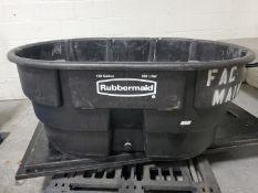 150 Gal Rubbermaid Tub, Portable