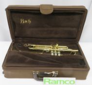 Vincent Bach Stradivarius 43 trumpet with case. Serial number: 544825. Please note that th