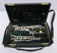 Howarth of London oboe with case. Serial number:5768. Please note that this item is sold