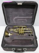 York Eminence 4027 cornet with case. Serial number: 503829. Please note that this item is