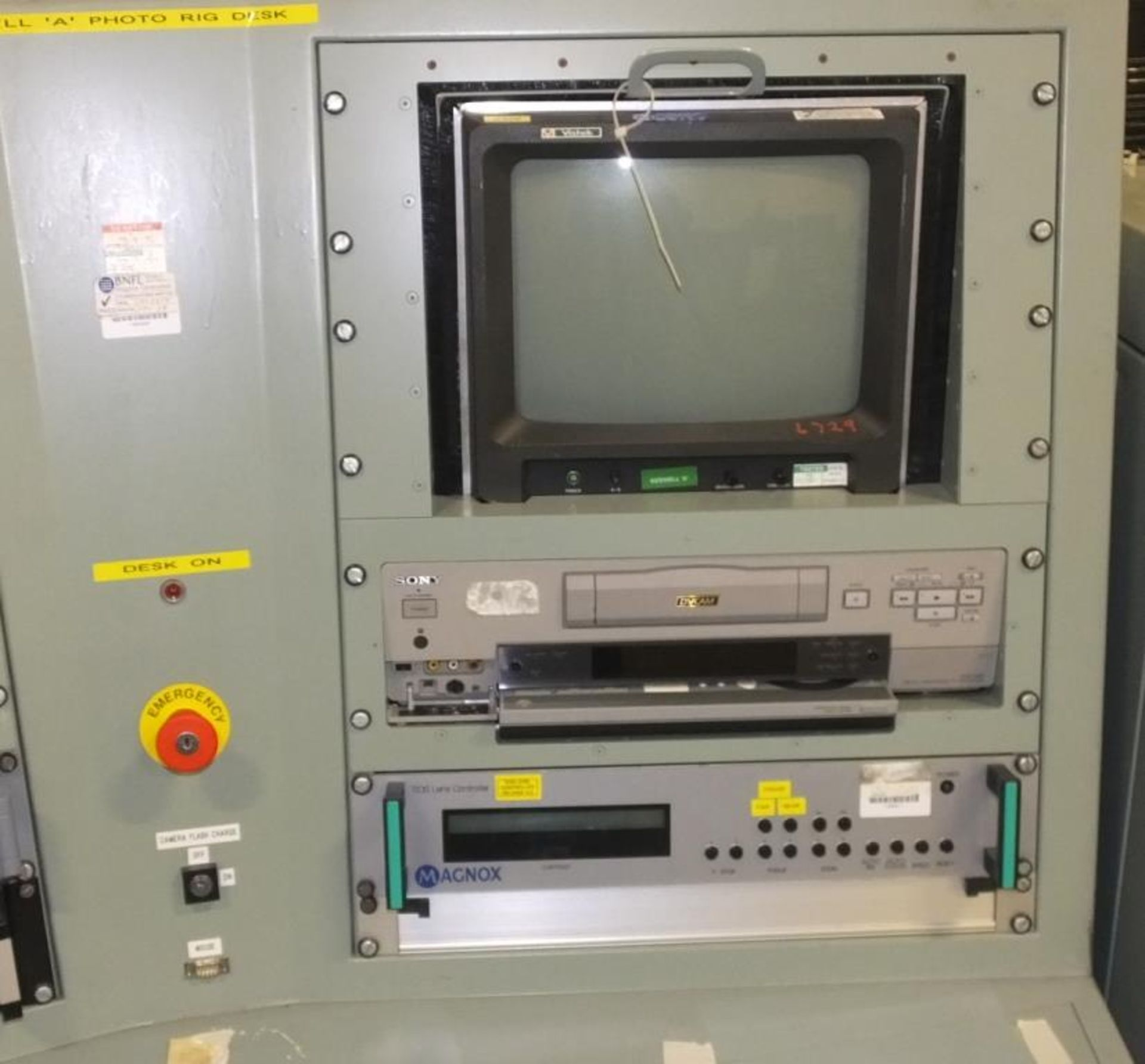 Ex Nuclear Plant Reactor Control / Monitoring System - Image 13 of 25