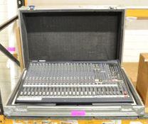 Yamaha MG 24/14fx Mixing Console & Case.