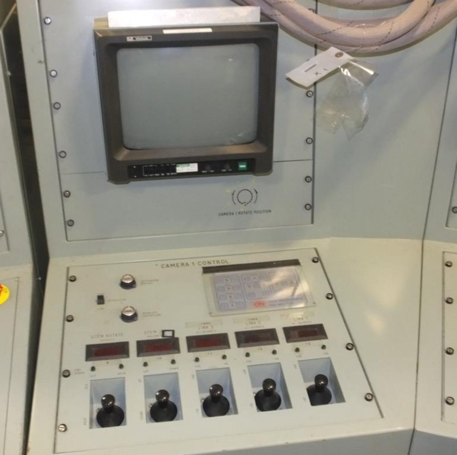 Ex Nuclear Plant Reactor Control / Monitoring System - Image 21 of 25
