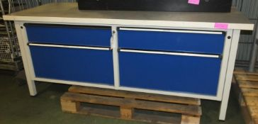 Work table with lockable drawers