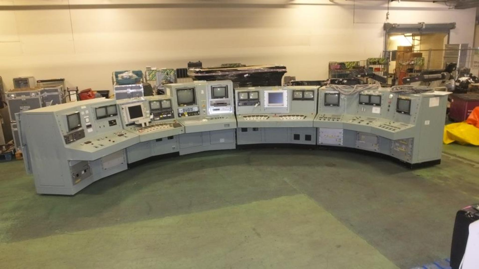 Ex Nuclear Plant Reactor Control / Monitoring System - Image 2 of 25