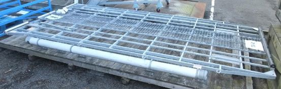 Brownchurch Galvanised Roof Rack for Land Rover 110
