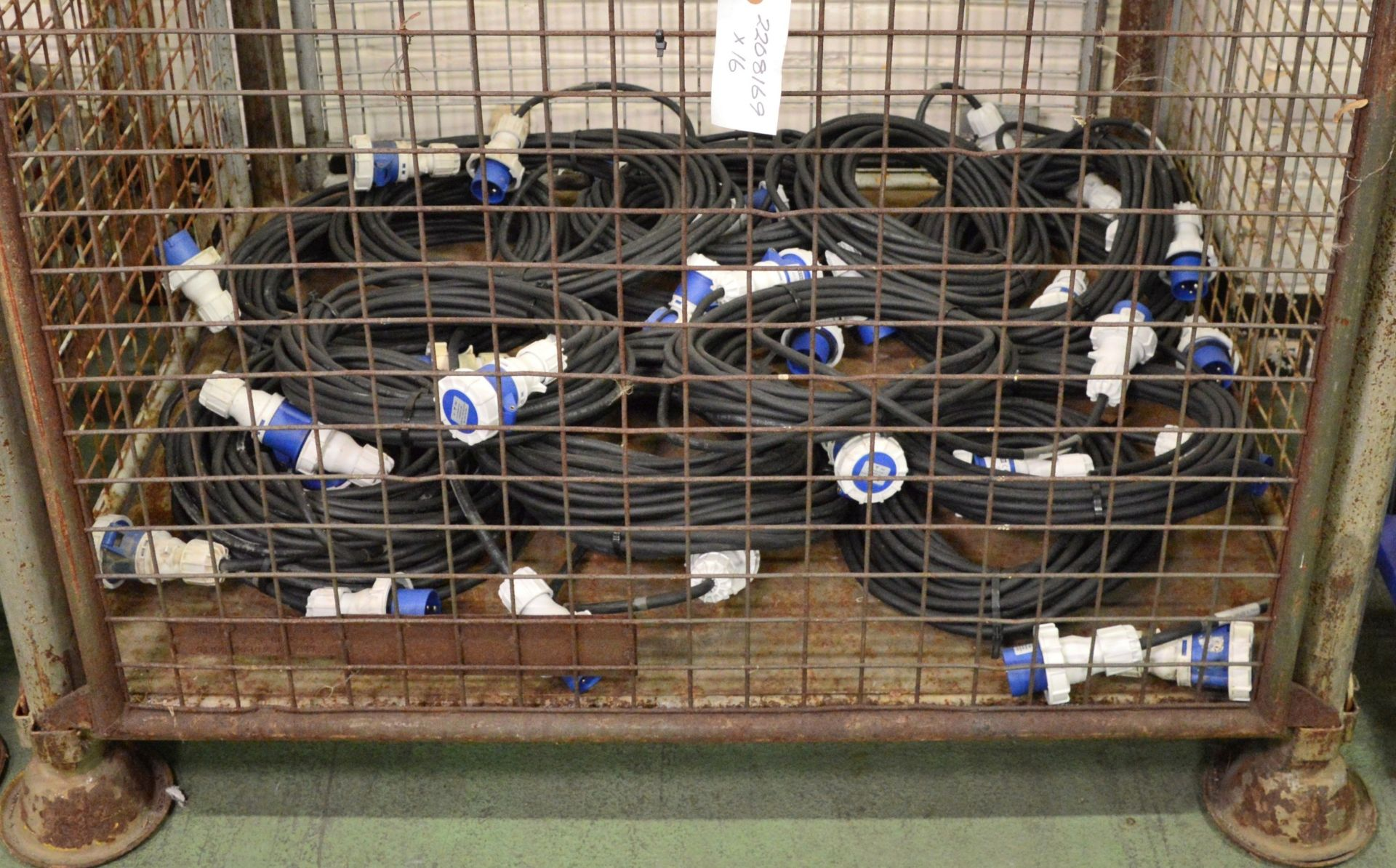 Lot 9 - 16x Blakley Extension Cable IP67 230v 16A 2P-E.