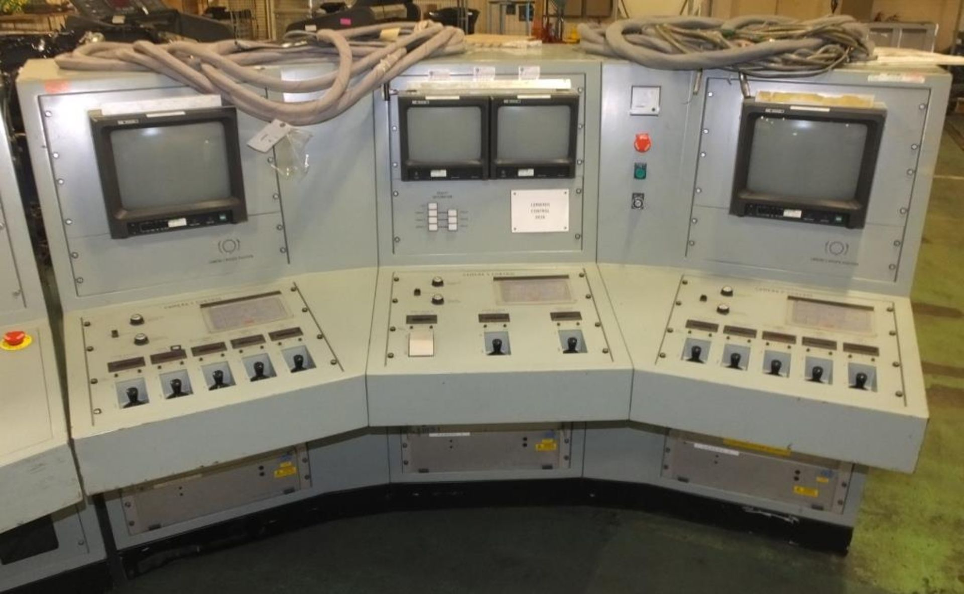 Ex Nuclear Plant Reactor Control / Monitoring System - Image 20 of 25