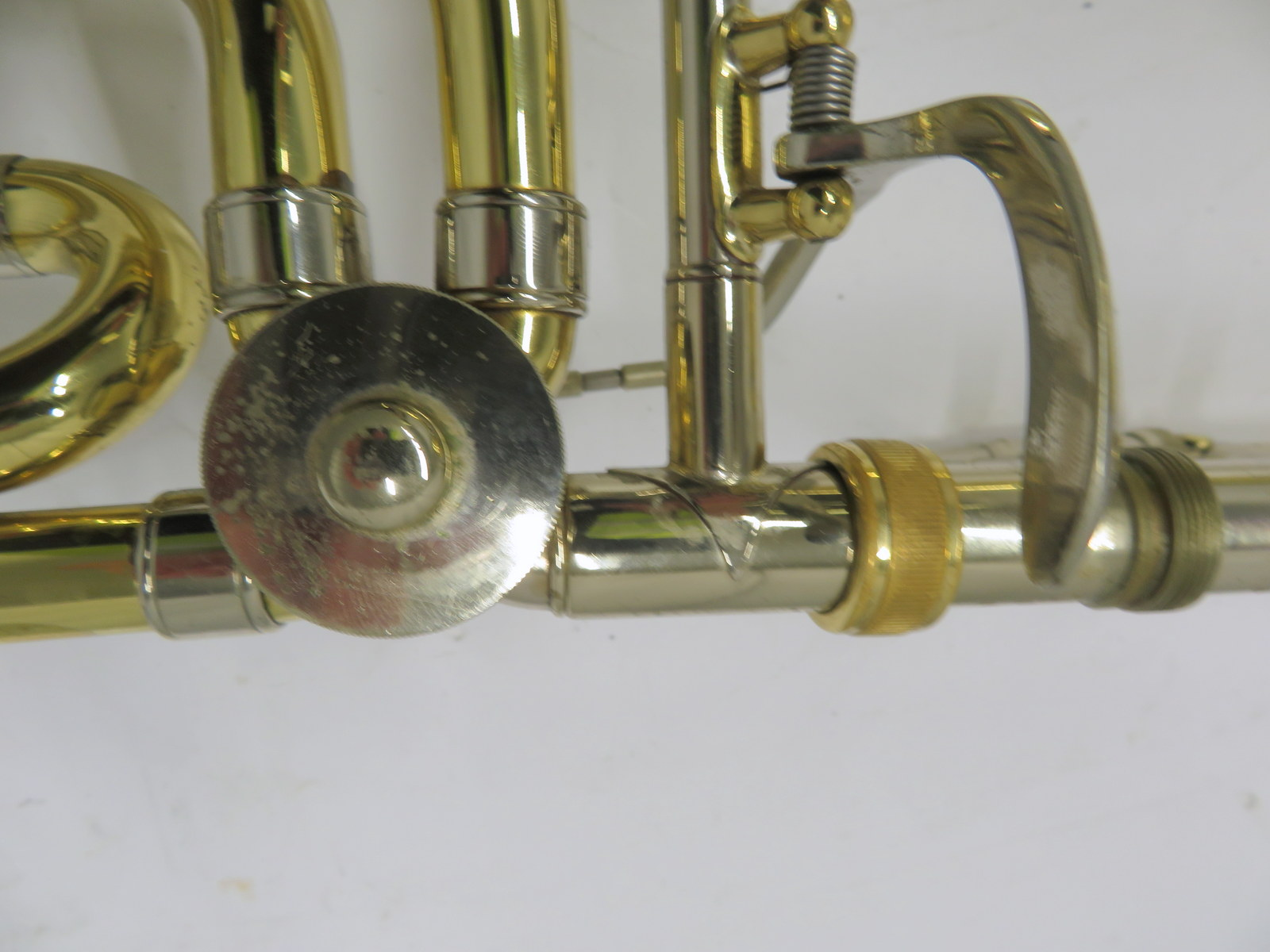 Lot 51 - Bach Stradivarius model 42 trombone with case. Serial number: 28787.
