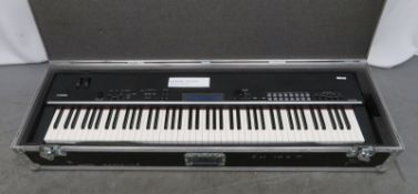 Yamaha CP4 Stage piano in flight case. Serial number: 01027.